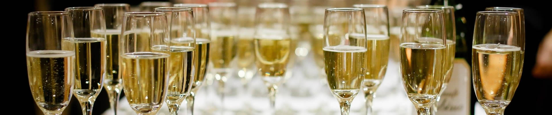 Sparkling wine for party or wedding